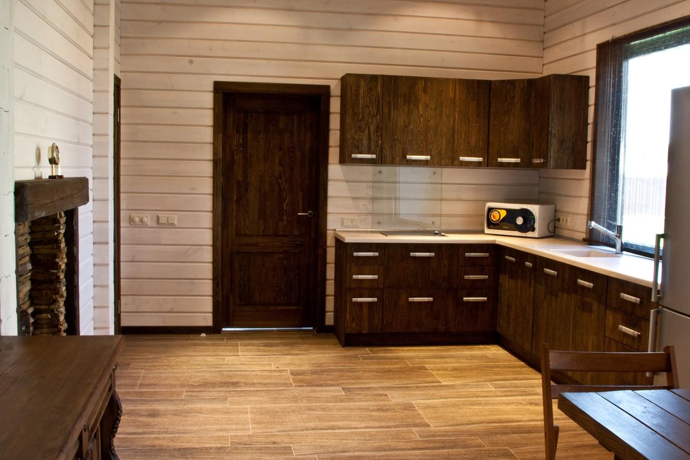 besonderheiten vom aufbau der blockbohlenh user. Black Bedroom Furniture Sets. Home Design Ideas